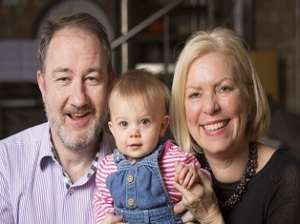 surrogacy couple uk